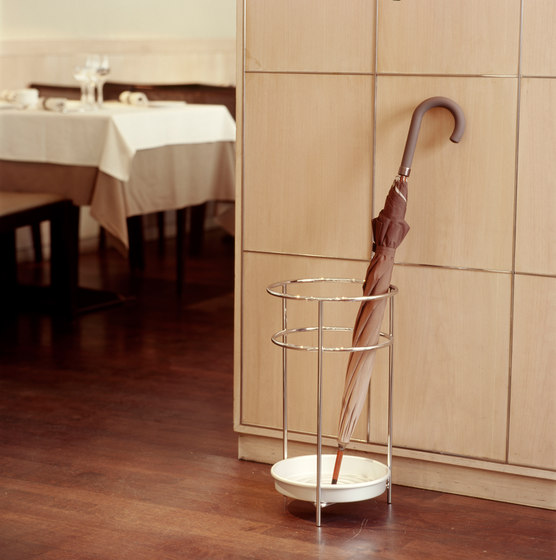 Platea | umbrella stand by Mobles 114