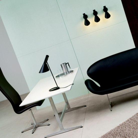 AJ Table by Louis Poulsen