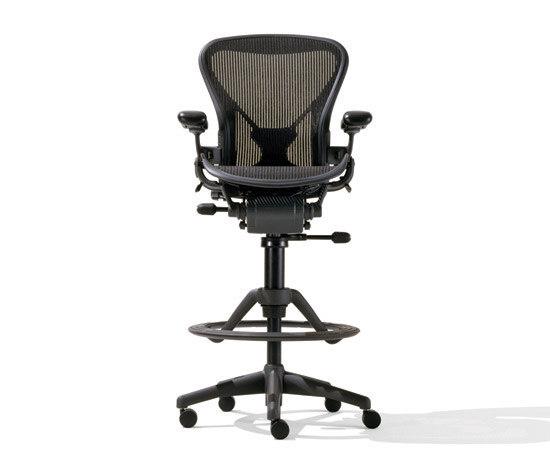 Aeron herman miller europe counter stool chair side for Sillas de escritorio altas