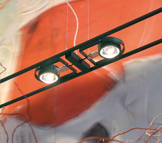 Ocular 1 pure brass de Licht im Raum