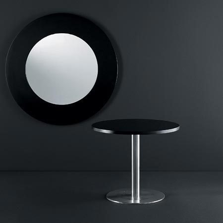 4to8 round table by Desalto