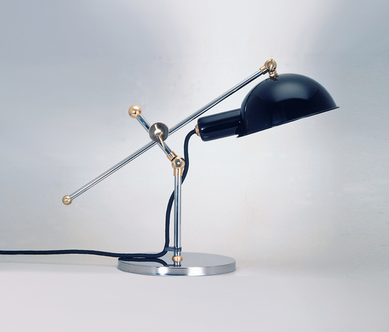 SF 27 Adjustable desk lamp by Tecnolumen