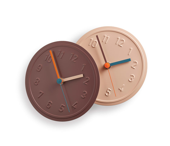 Alu Alu wall clock di Lampert