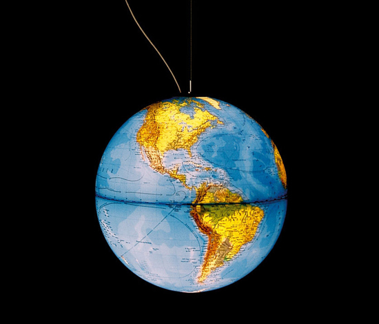 globe earth de Absolut Lighting