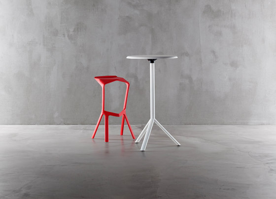 Miura high bar table by Plank