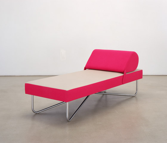 Flip Flap daybed by Dune