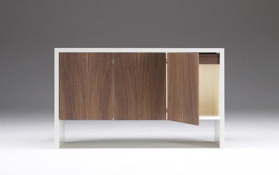 Opus1 sideboard C7 by Opus 1 ApS