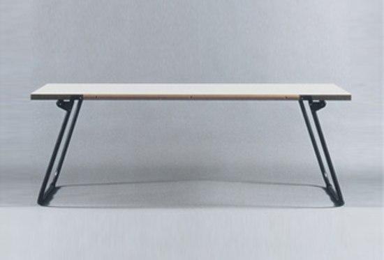 Tisch von Habit