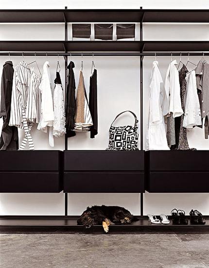 Dot Wardrobe by Kristalia