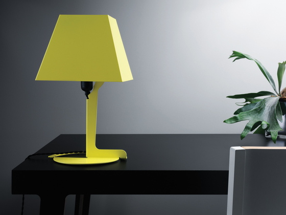 Fold lamp small de Established&Sons