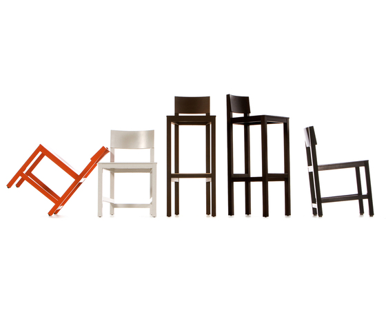 avl Bar stool by moooi