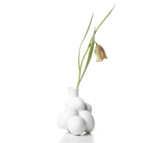 egg vase small by moooi