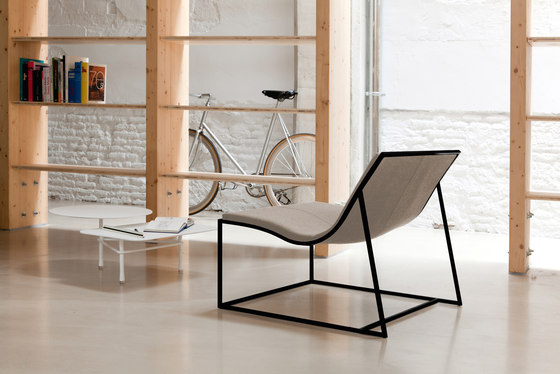 Holy Day lounge chair by viccarbe