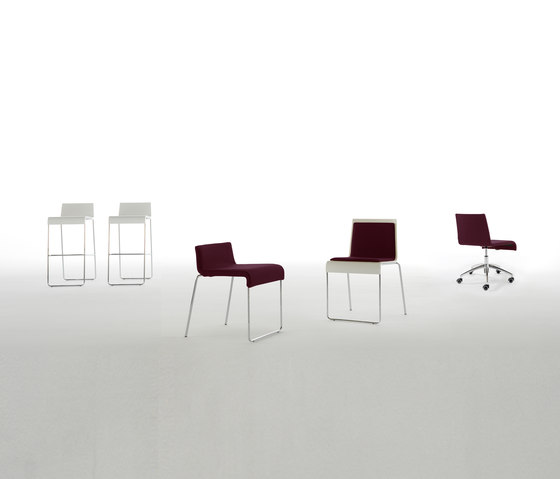 R1 Chair by viccarbe