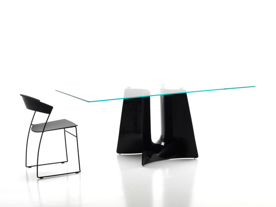 Bentz high round table by Baleri Italia