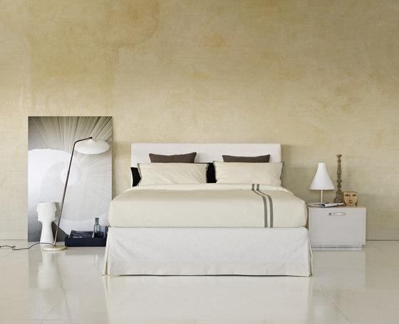 plaza bett von flou produkt. Black Bedroom Furniture Sets. Home Design Ideas
