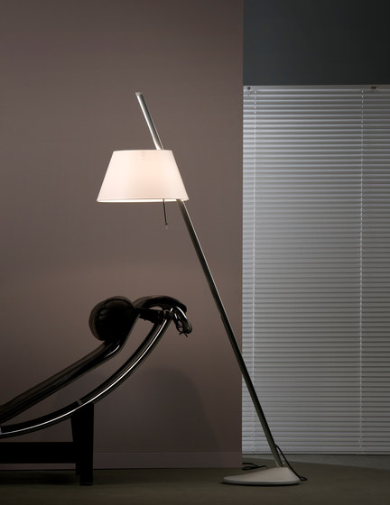 Sinclina Floor lamp by Metalarte