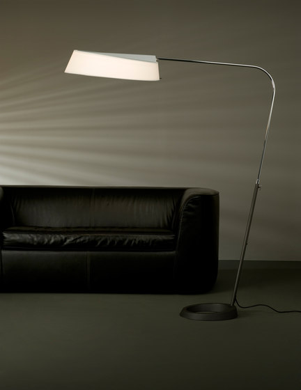 Magna Floor lamp by Metalarte