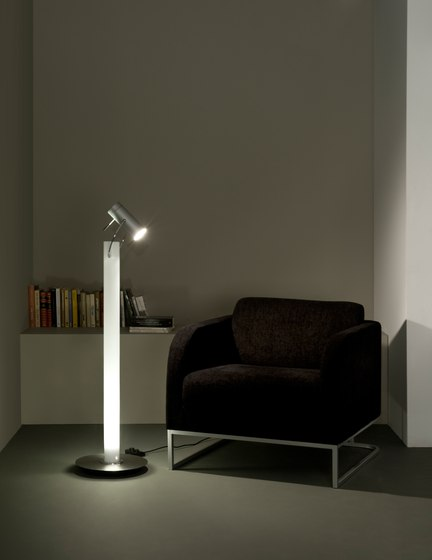 Met gr Floor lamp by Metalarte