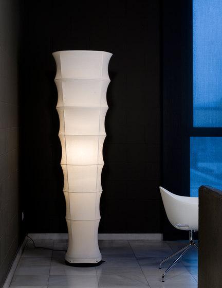 Tirana Floor lamp by Metalarte