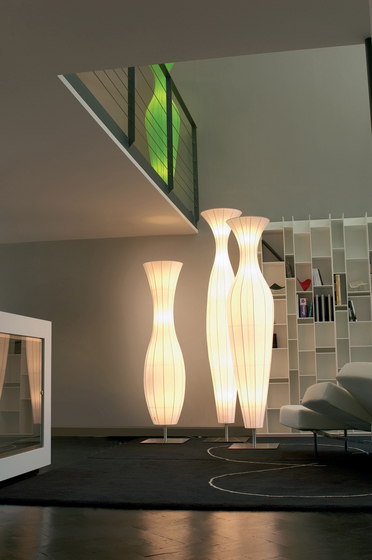 Aphrodite H317 floor lamp by Dix Heures Dix
