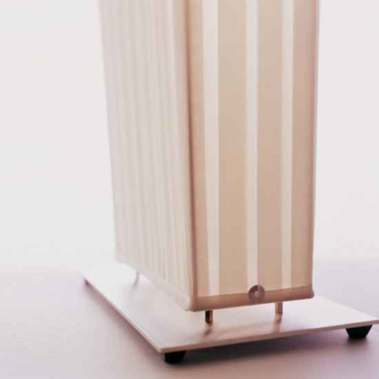 Paravent pivotant H302 floor lamp di Dix Heures Dix
