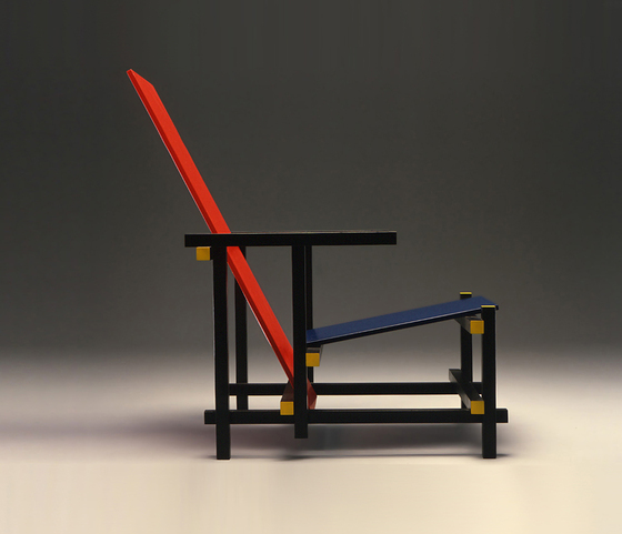 635 Red and Blue di Cassina