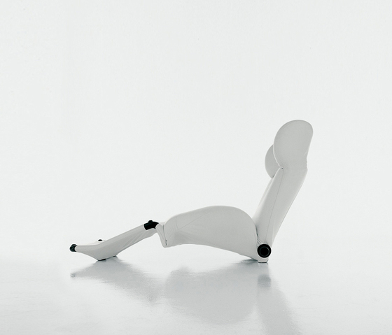 111 Wink by Cassina