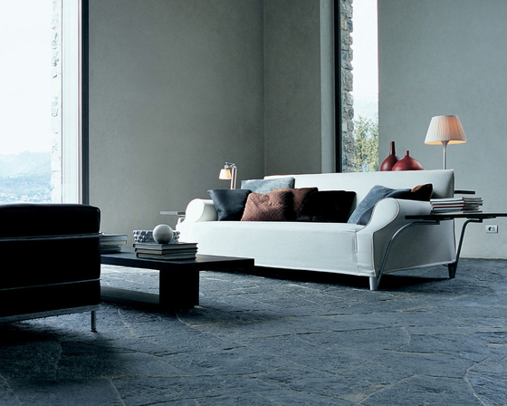 212 L.W.S. by Cassina