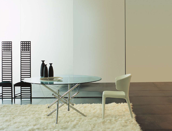 713 by Cassina