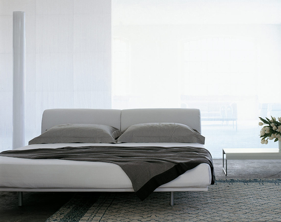 L31 Site by Cassina