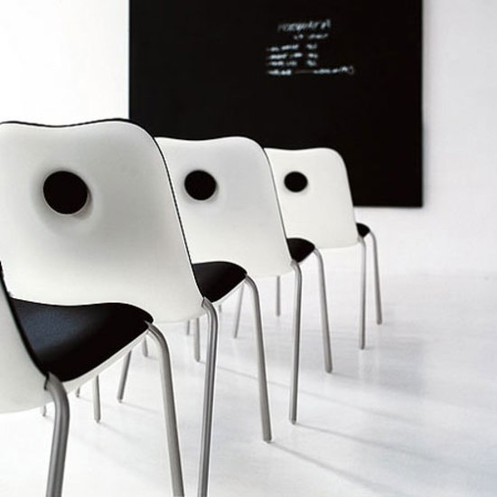 Boum Chair by Kristalia