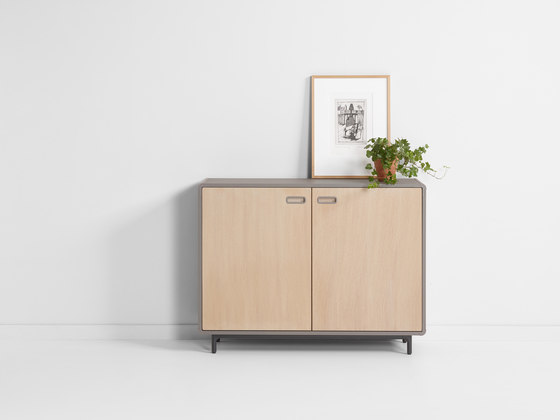 Extens | dressoir high by Artifort