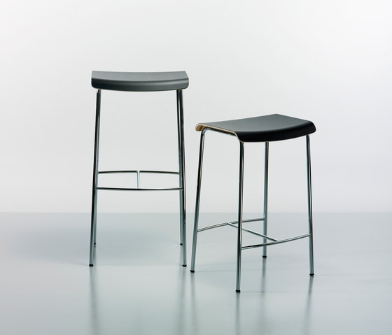 Pause chair by Magnus Olesen