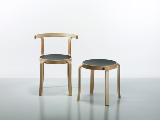 8000-Serie chair by Magnus Olesen