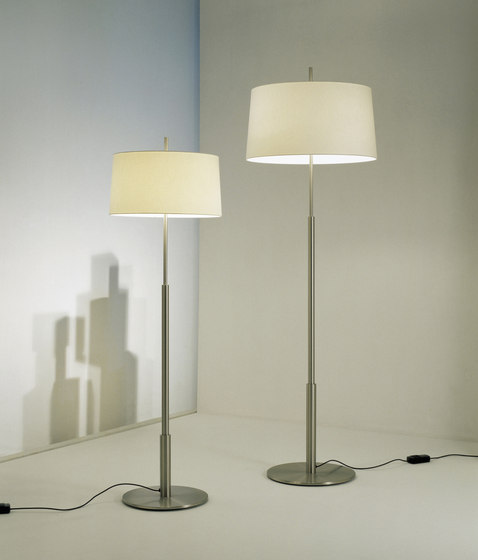 Diana Menor | Table Lamp de Santa & Cole