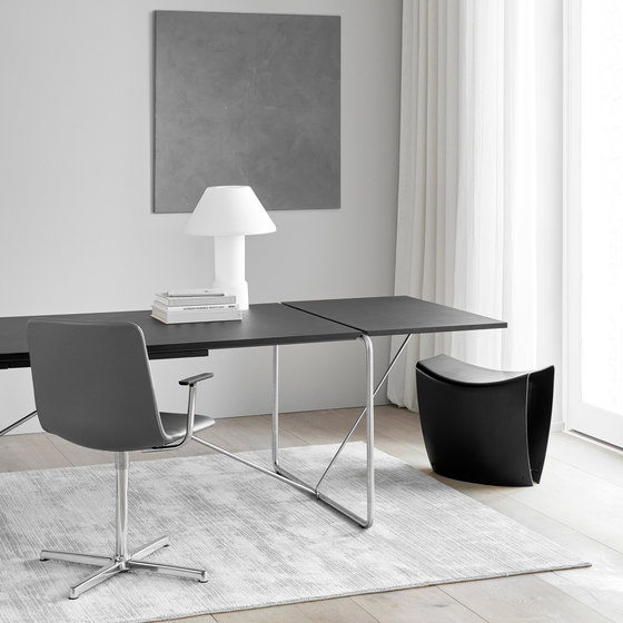 The Haugesen Table von Fredericia Furniture