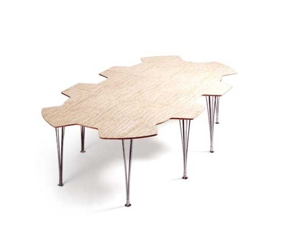 Table Kuggen | Mi 182/183 by Bruno Mathsson International