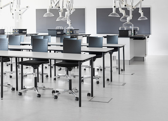 Flex School table di Randers+Radius