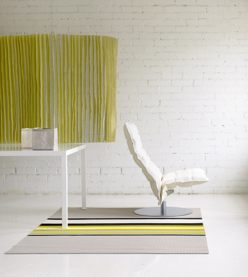 k Chair | narrow | with k Ottoman de Woodnotes