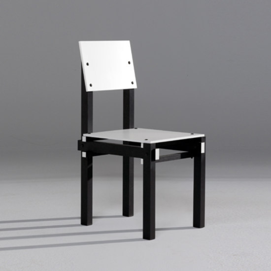 Military Chair by Rietveld by Rietveld