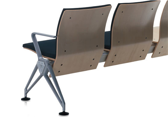 Airline by Vitra