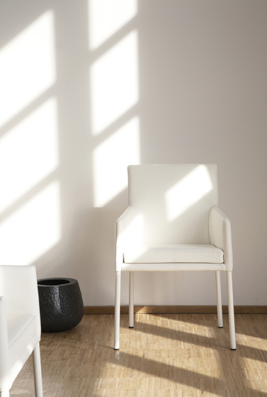 Nomos Chair by KFF
