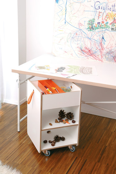 Eiermann children's desk di Lampert