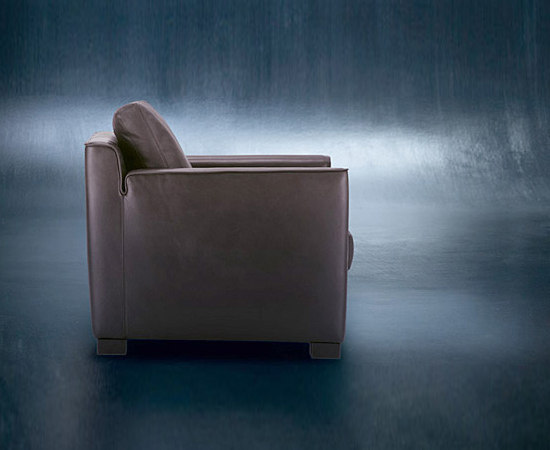 Gaston sofa by Walter Knoll