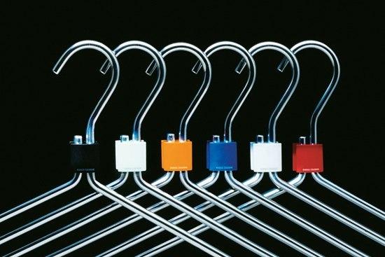 coat hanger by Radius Design