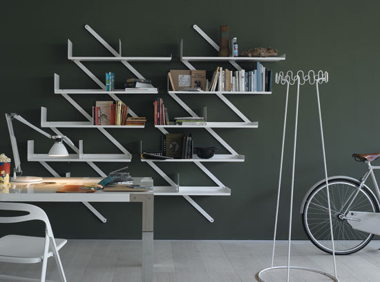 Booxx bookcase by Desalto
