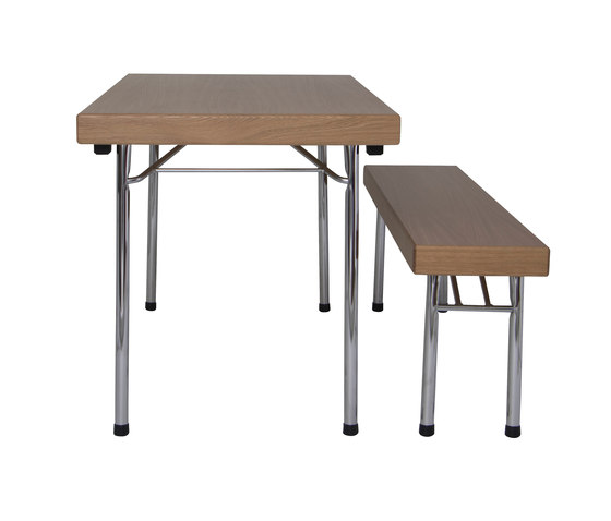 S 319 folding table di Wilde + Spieth