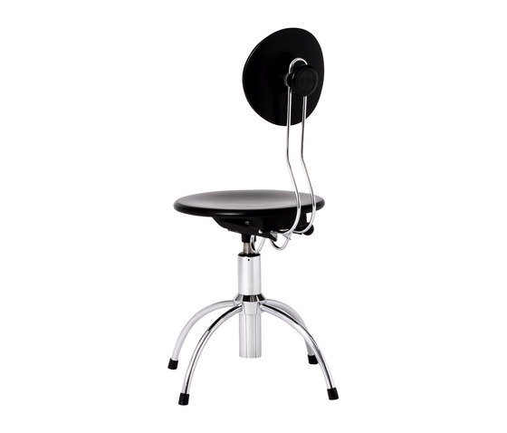 SE 43 swivel stool di Wilde + Spieth