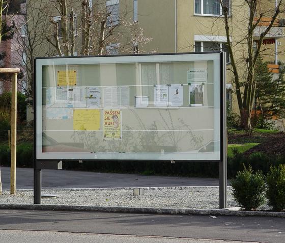 City Lights - Display Cabinets by BURRI